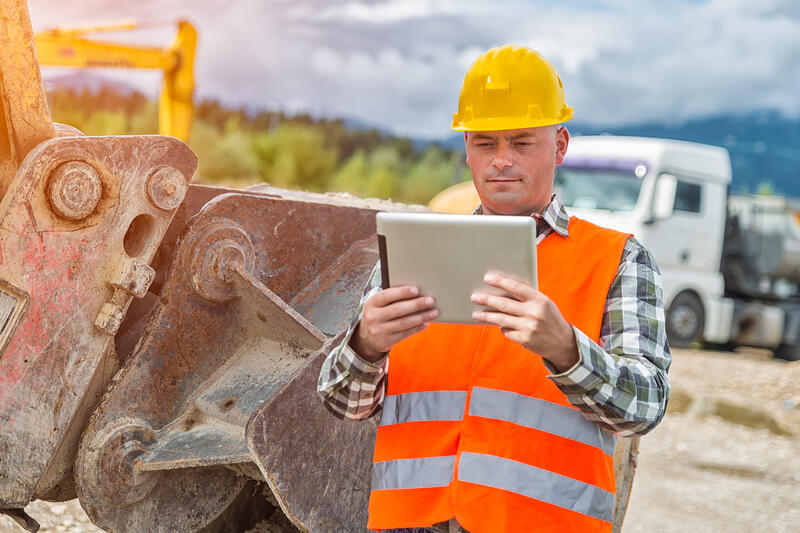 Equipment-rental-management-software-for-on-time-delivery