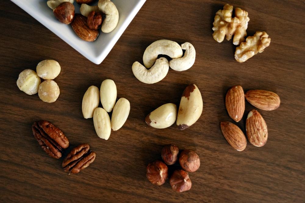 almond-almonds-brazil-nut-1295572